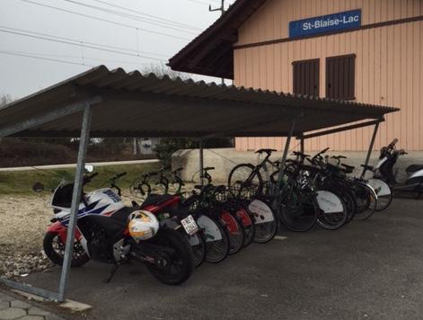Quid de l'abri vélos à la gare BLS ?